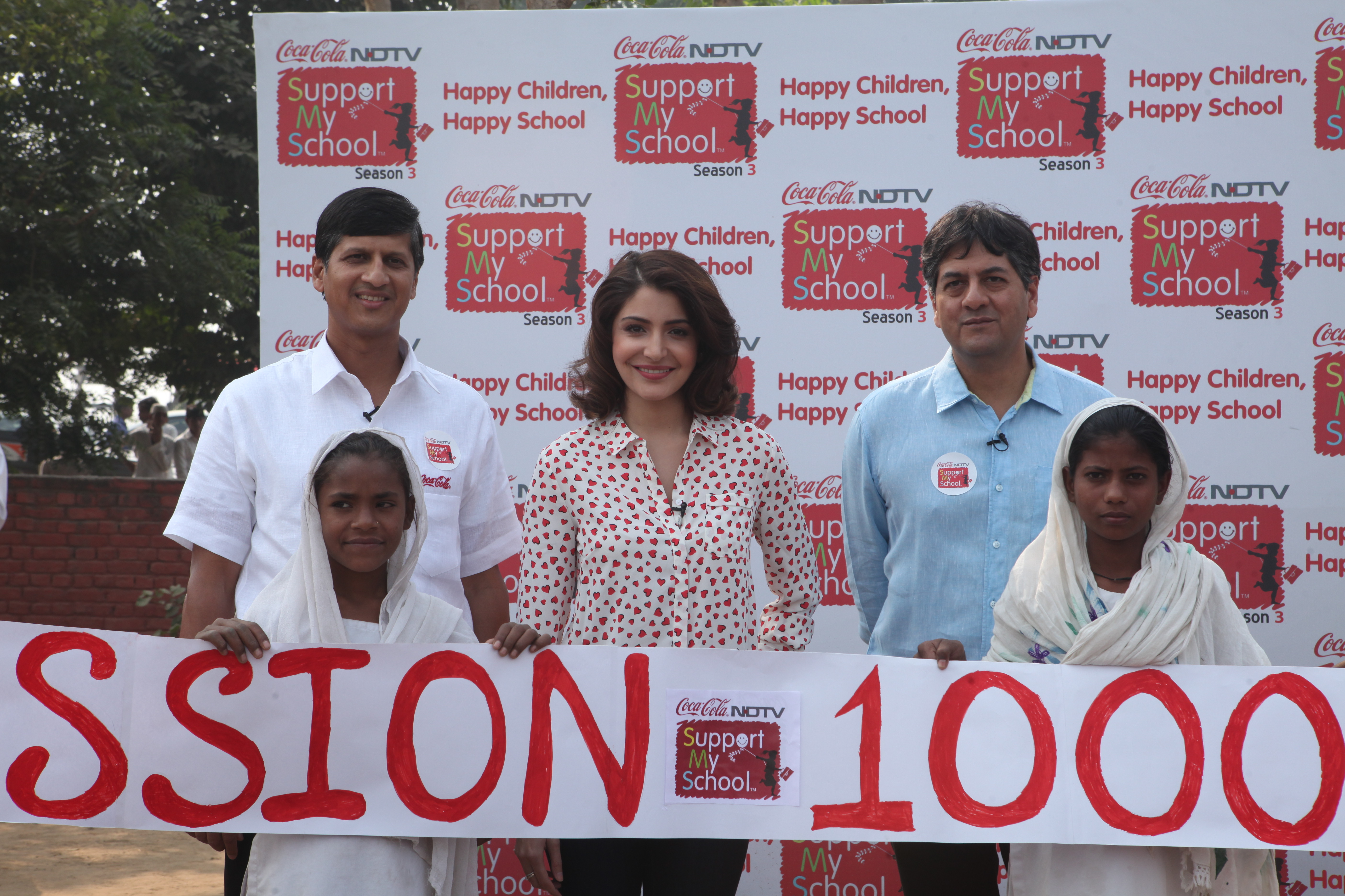 L to R -Venkatesh Kini- President Coca-Cola India and South West Asia,Anushka Sharma &Vikram Chandra –Group CEO-NDTV launched Support My School (SMS) Season 3-jpg