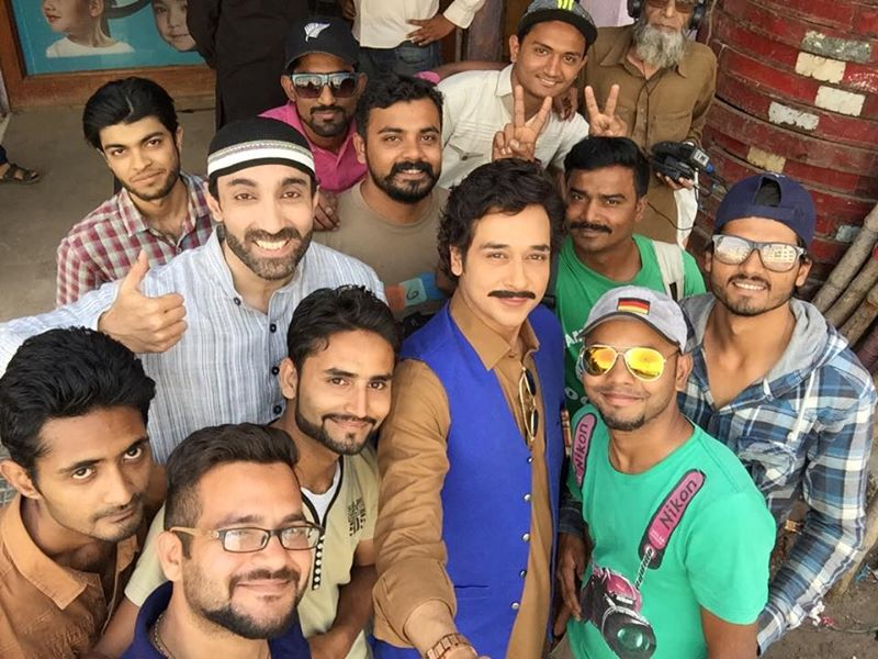 BTS Rang Laaga - Faysal with team