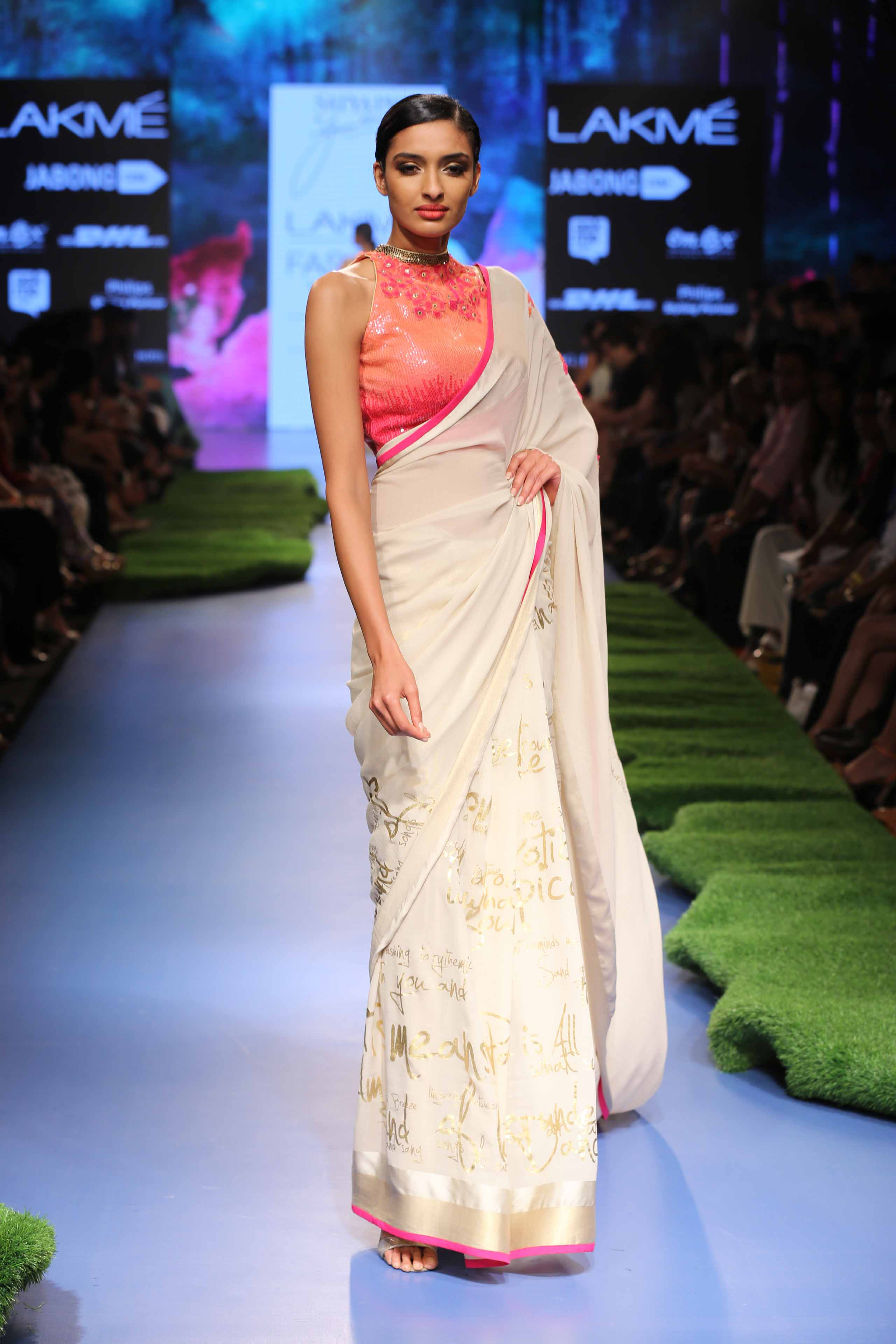 Gauhar khan lakme fashion week 61