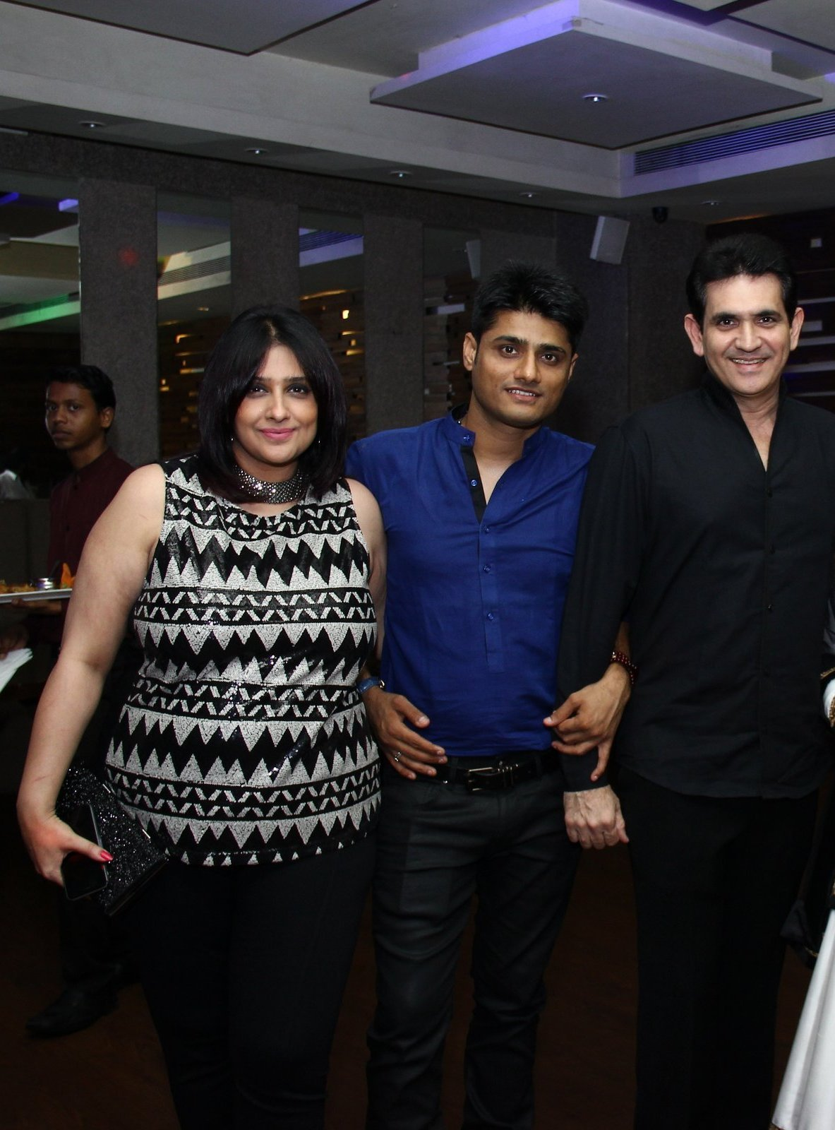 L to H -Omang Kumar's wife, Producer Sandeep Singh, Omang Kumar, Smita Thackeray and Rahul Thackeray