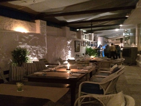 Olive Bar and Kitchen, Khar